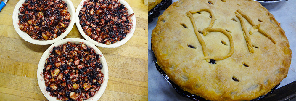 Blueberry Apple Pie befor it goes into the oven and just after it is pulled out